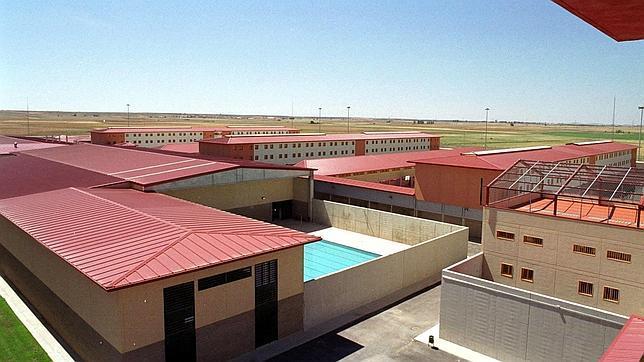 El sistema penitenciario se escuda en la pandemia para suspender los vises en 23 cárceles